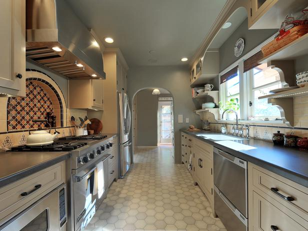 RS_melissa-salamoff-gray-mediterranean-kitchen-long-shot_4x3_lg